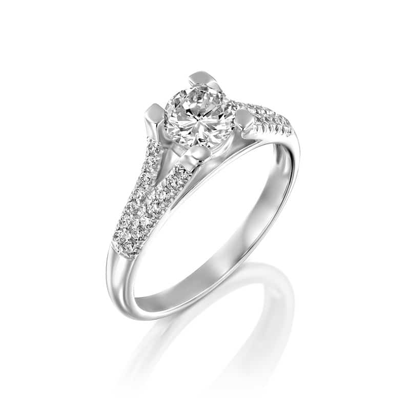 טבעת אירוסין מיוחדת ומפוארת בזהב לבן
