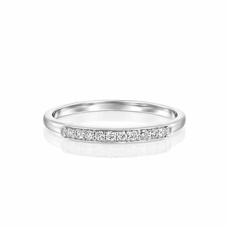 טבעת יהלומים שורה עם מסגרת זהב לבן