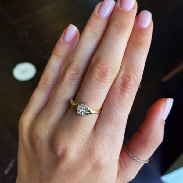 טבעת חותם יהלומים
