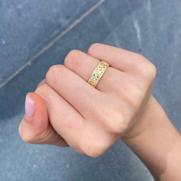 טבעת נישואין תחרה
